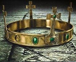 the last kingdom crown